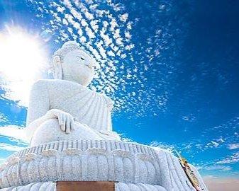 Statuia lui Buddha din Phuket
